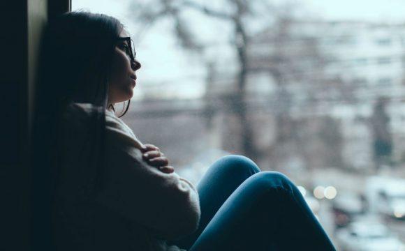 Artigo | Depressão: tratamento psicoterápico e medicamentoso
